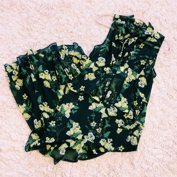 Who What Wear Dresses & Skirts - NWT Who What Wear Black & Yellow Floral Dress